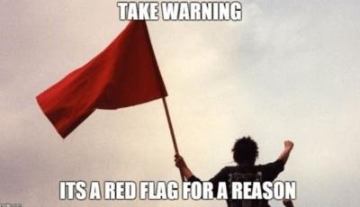 Maar er zijn een paar rode vlaggen die je kunnen waarschuwen om niet.